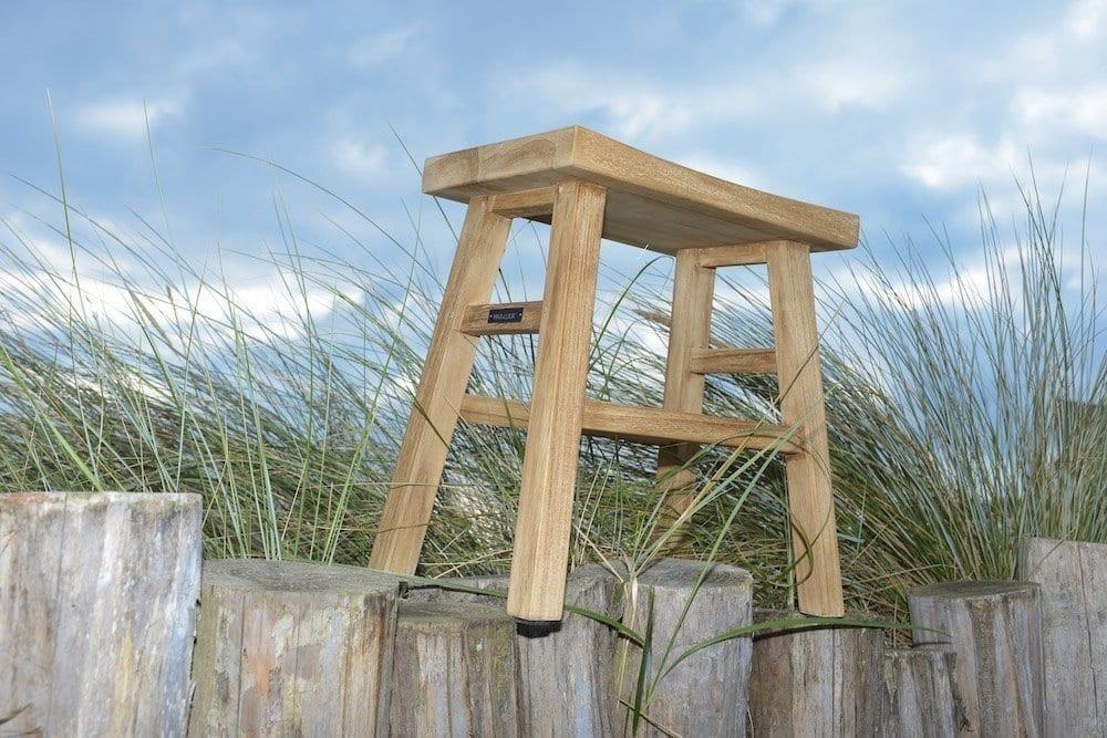 Teak Lindy stool | Max & Luuk
